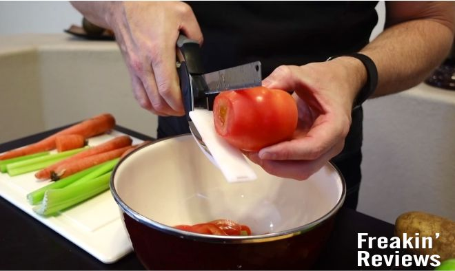 clever cutter tomato